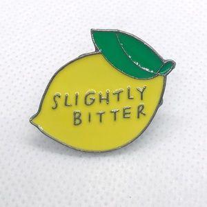 ⭐️pins 5/$25⭐️ Lemon Brooch